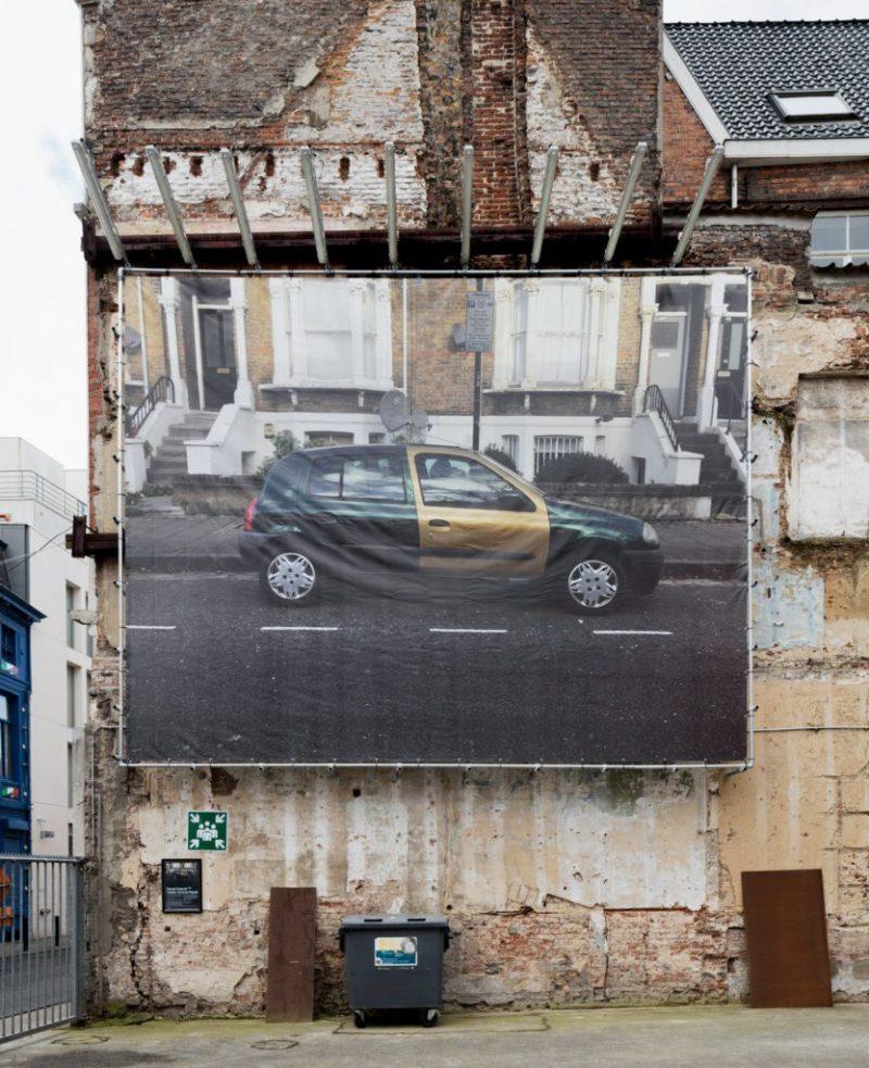 019-billboard-Daniel-Eatock-Visible-Vehicle-Repair