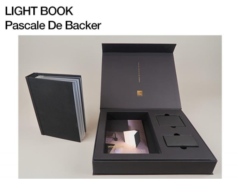 O02 Light Book