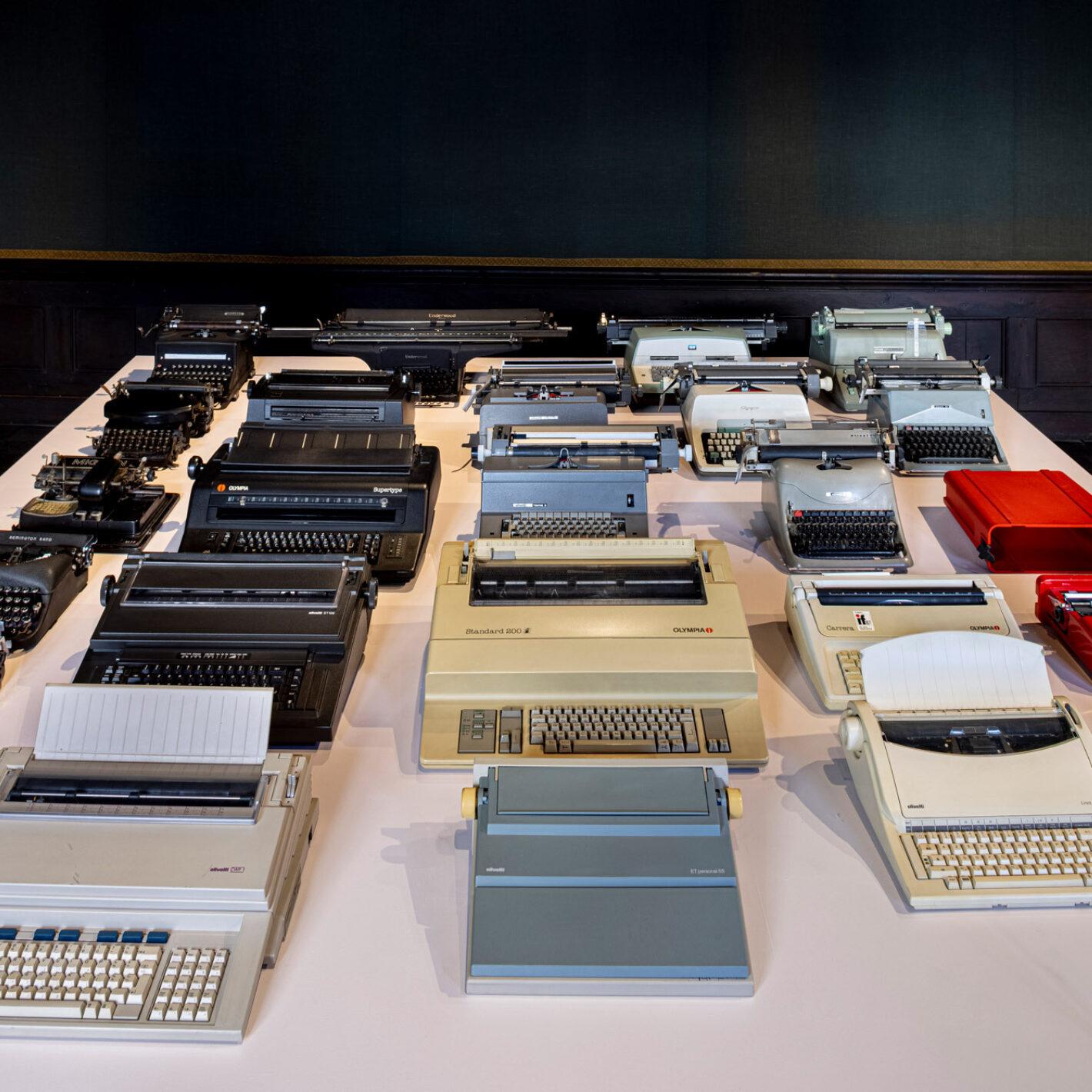 Het Bureau typmachines