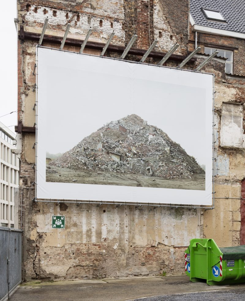 019 Billboard Filip Dujardin
