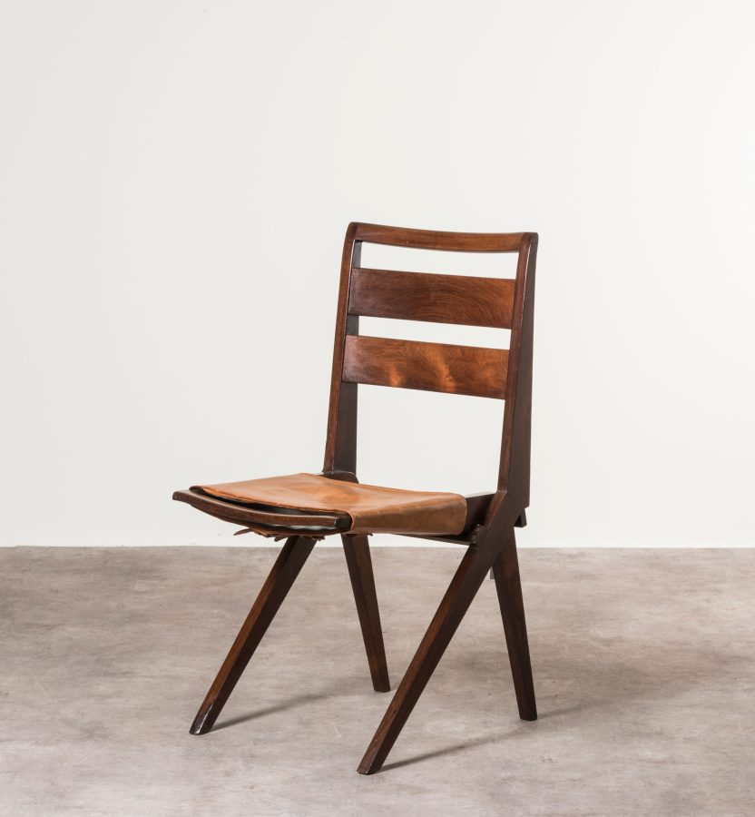 Lina Bo Bardi MASP chair