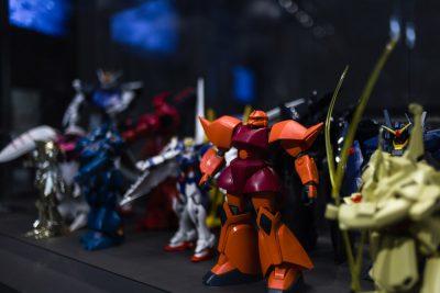 Hollo, Robot Familiespel Design museum Gent